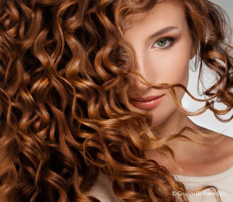 Otto buone abitudini per avere capelli più sani e forti