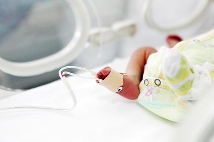 Arriella, la neonata che vive sotto una bolla