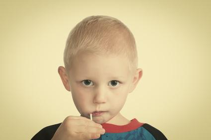 Poco latte e sole: le ossa dei nostri figli sono deboli