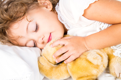 Apnee notturne nei bambini: 10 cose da sapere