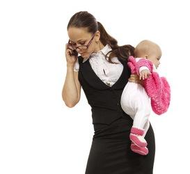 Telefonarsi tra mamme: storia di un miracolo incompiuto