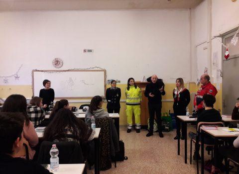 Sicurezza ai Giardini Speyer, incontri con gli studenti