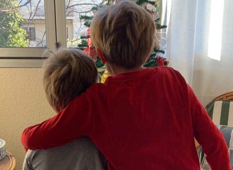 """""""Ho un bambino con autismo, suo fratello vuole fare l'insegnante di sostegno"""""""