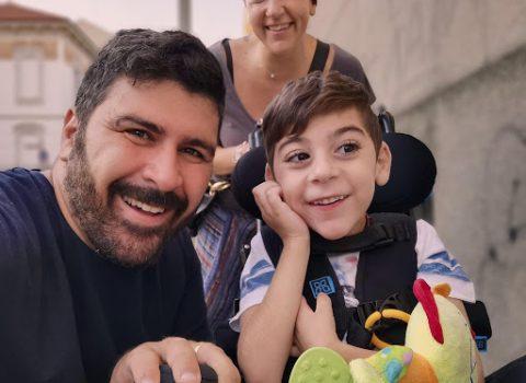 """""""Sono cresciuto senza genitori, la disabilità di mio figlio mi ha fatto nascere come padre"""""""
