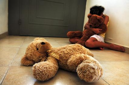 """Donne vittime di violenza: """"Troppi dubbi sulle capacità genitoriali"""""""