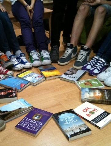 Tornei agguerriti in Viale dei Ciliegi 17: anche i ragazzini si appassionano alla lettura