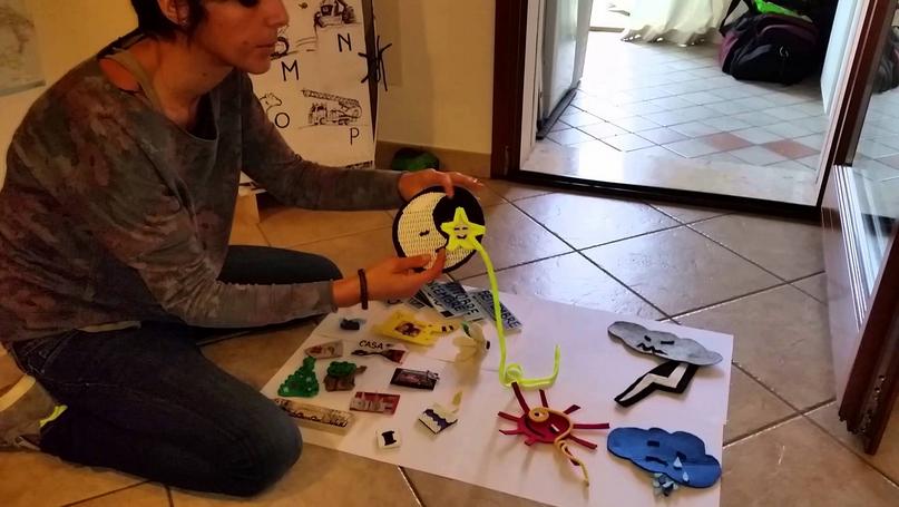 Mamma Tania trasforma il mobile in un calendario per i piccoli - IL VIDEO