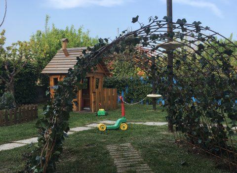 Bio, inglese e outdoor education: il nido Be Baby festeggia i dieci anni