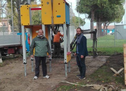 Ravenna, al via l'installazione di nuovi giochi nei parchi